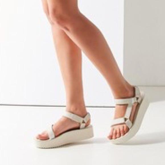 Teva Shoes | Teva Universal Flatform